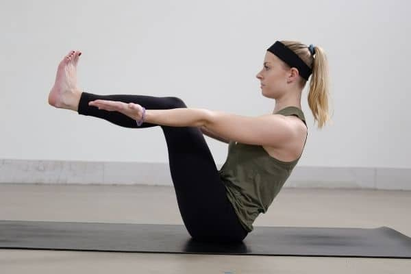 ONLINE YOGA CLASSES with core exercises
